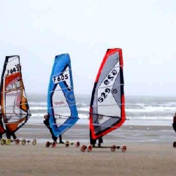 Le Speed Sail Un Sport De Glisse Sur Le Sable